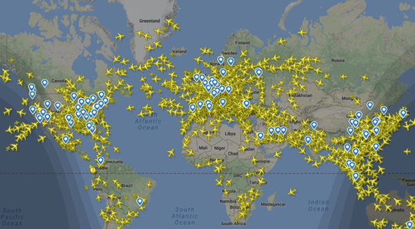 How many airplanes are in flight on average at any given