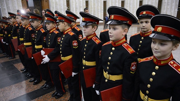 What does the Russian army formal uniform look like? - Quora