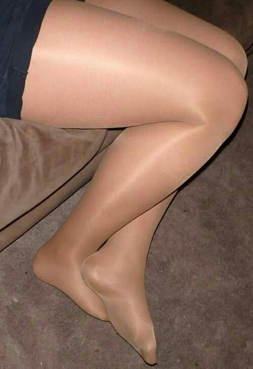 Do Pantyhose Make You Look Old?