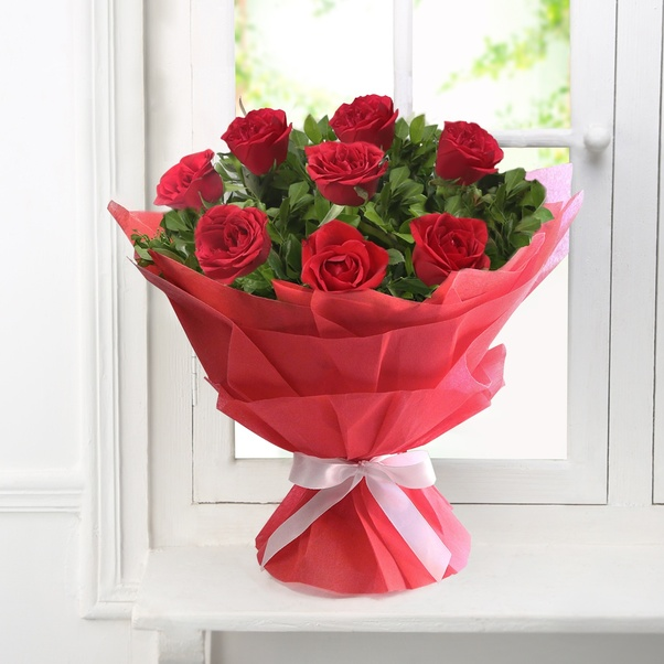 Send Wedding Gifts Online India: Which Is Best Online Site To Send Flowers?