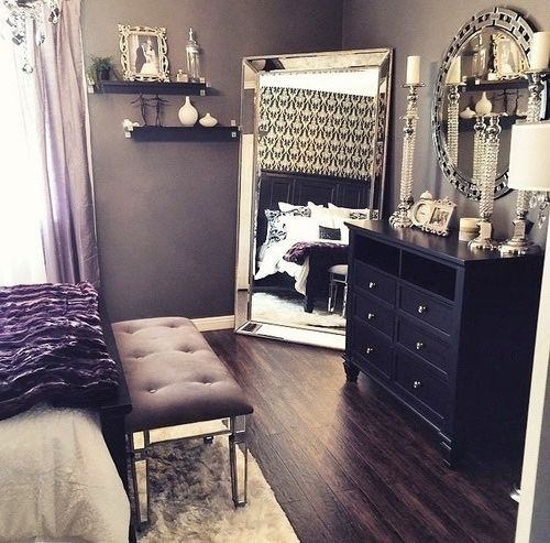 What are some old Hollywood glam bedroom