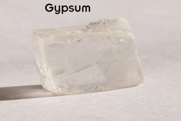 what is the chemical formula of gypsum
