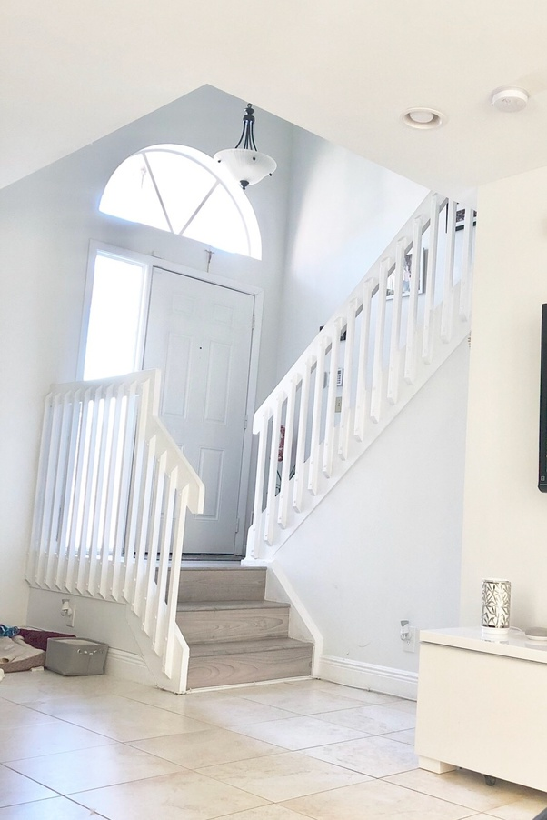 How much would it cost to replace a staircase railing with ...