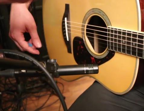 Rekomendasi gitar seperti apa yang cocok untuk permainan