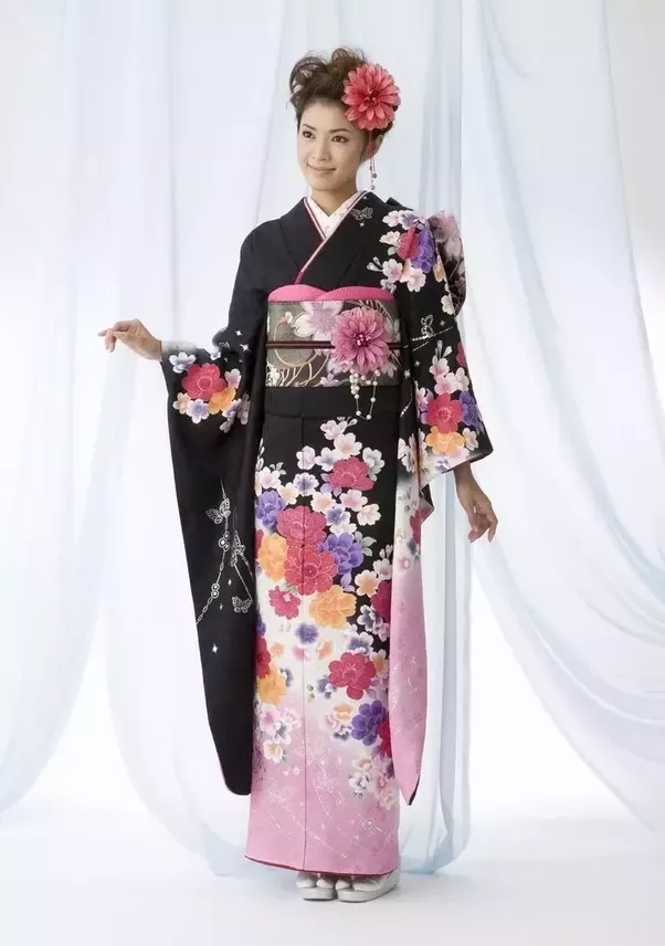 South Korea: Why does Korean traditional costume look similar to ...