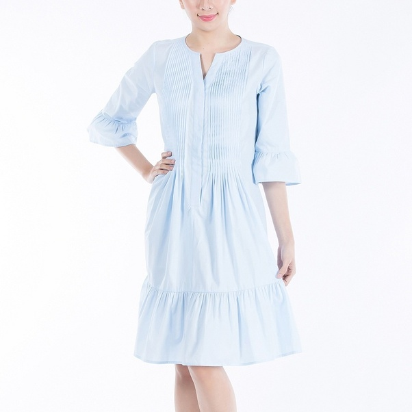 786181b207bf63 In old days, most pregnant women doesn't wear maternity wear but these days maternity  wear are very much in trend as they look stylish and yet comfortable.