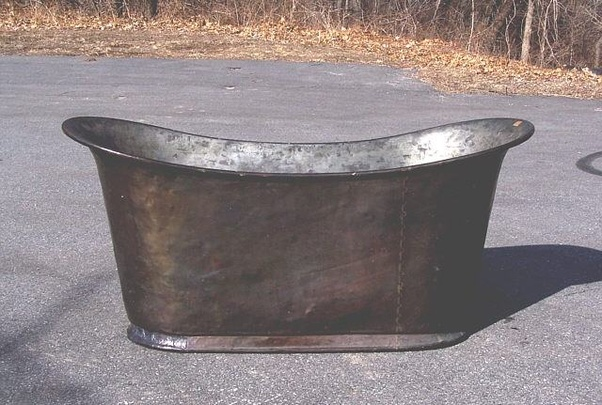 The Wealthy Could Afford A Porcelain Covered Metal Tub That Was Decorative And Attractive In Their Homes