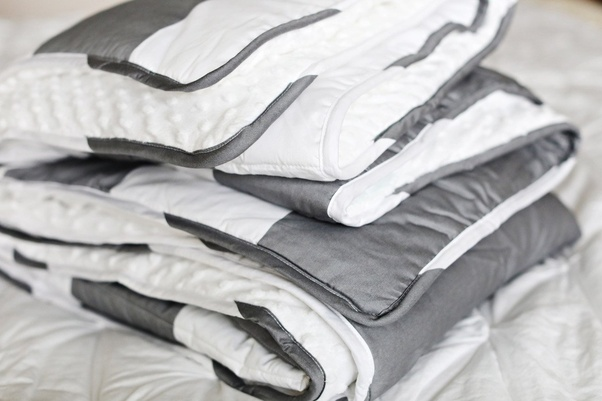 What S The Difference Between A Quilt And Blanket Duvet