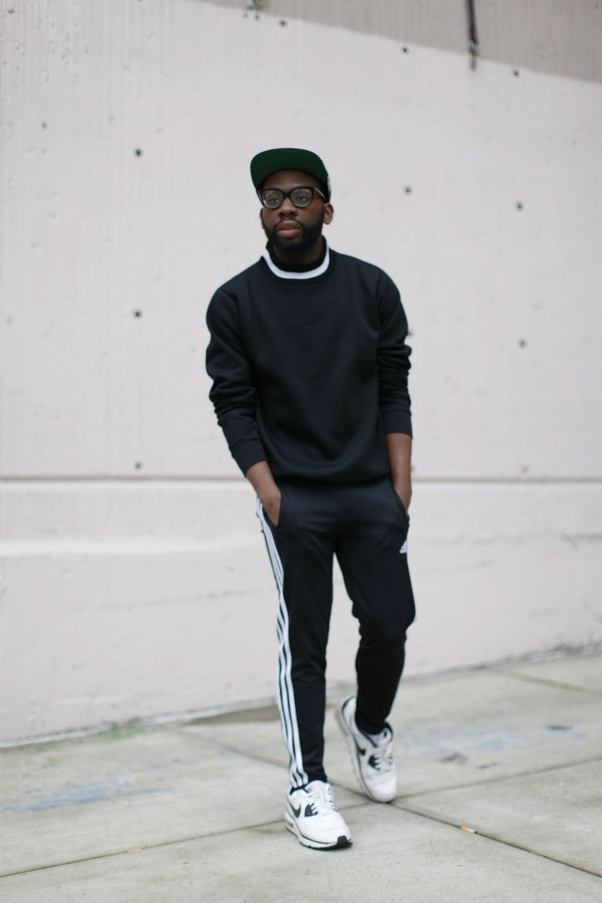 400463ab What shirts should be worn with Adidas soccer pants? - Quora
