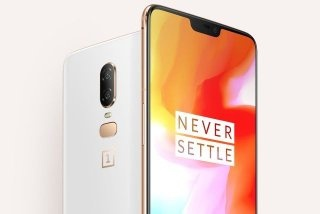 What should OnePlus' strategy be after Xiaomi's Poco F1