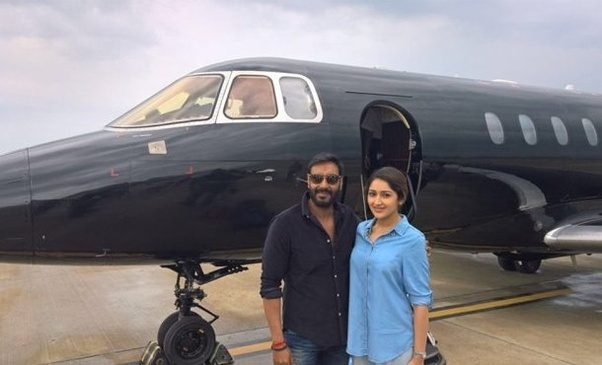 Bollywood celebrity who have private jet - YouTube