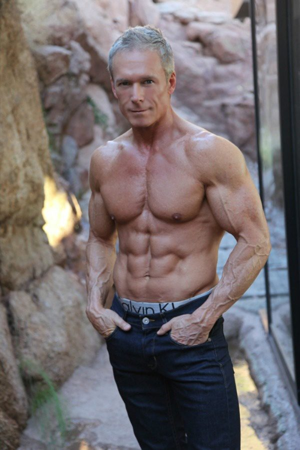 Can a man in his early 50's have defined 6 pack abs and great looking skin if he looks after his ...