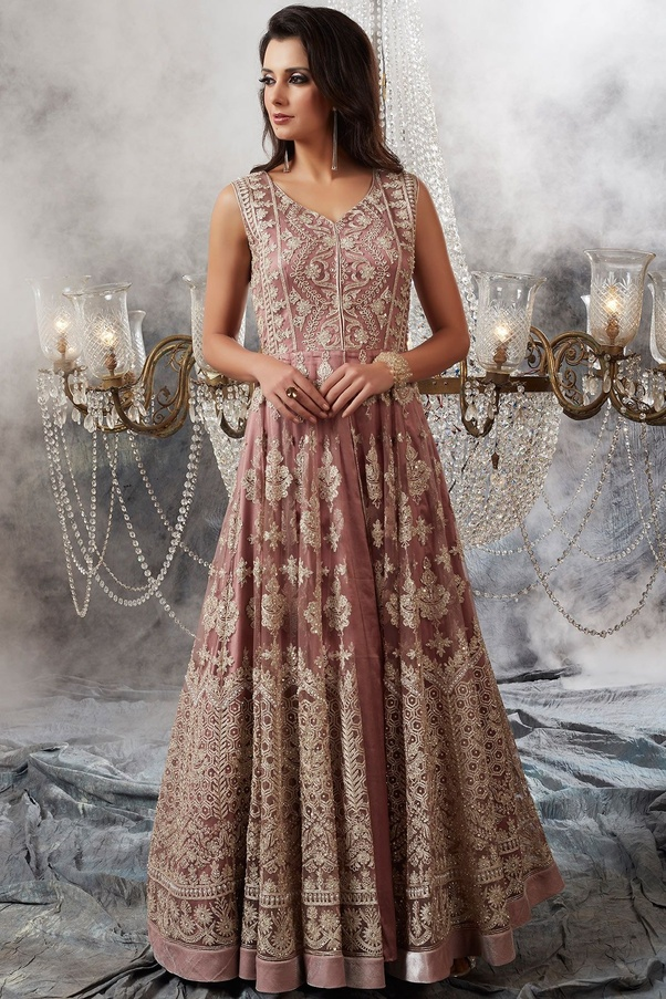 bbcb045ce3 While there are many websites for buying ethnic wear in India, here are few  best Indian wear websites you will love to shop from. 1. Samyakk