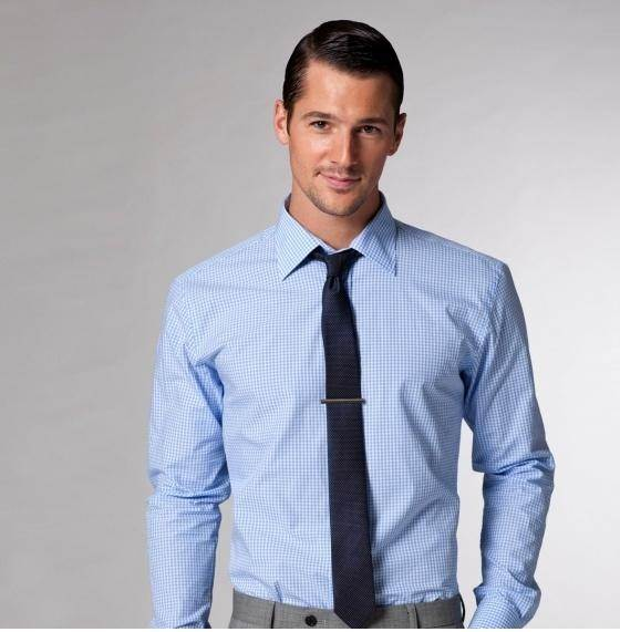 what shirt and tie should one wear to a promotion