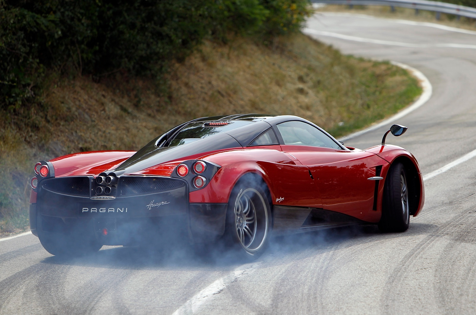 which is better koenigsegg agera or pagani huayra? - quora