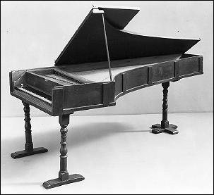 What are the differences between a grand piano and a baby grand ...