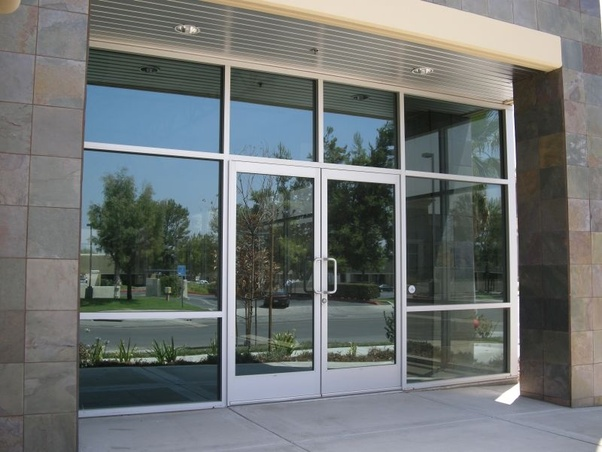 What Is The Difference Between Storefront And Curtain Wall