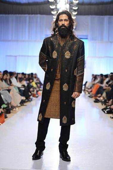What Are Some Good Fashion Tips For Men In Pakistan?
