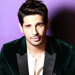 sid malhotra: his upcoming movies are plenty not be missed i am looking forward to them Main-qimg-a24a88821cc521eef3ea0fa5a9fdb067-c