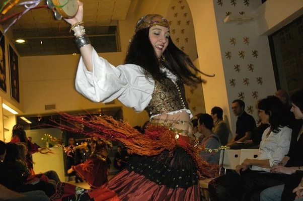 How To Create A Beautiful Gypsy Costume Quirky Bohemian