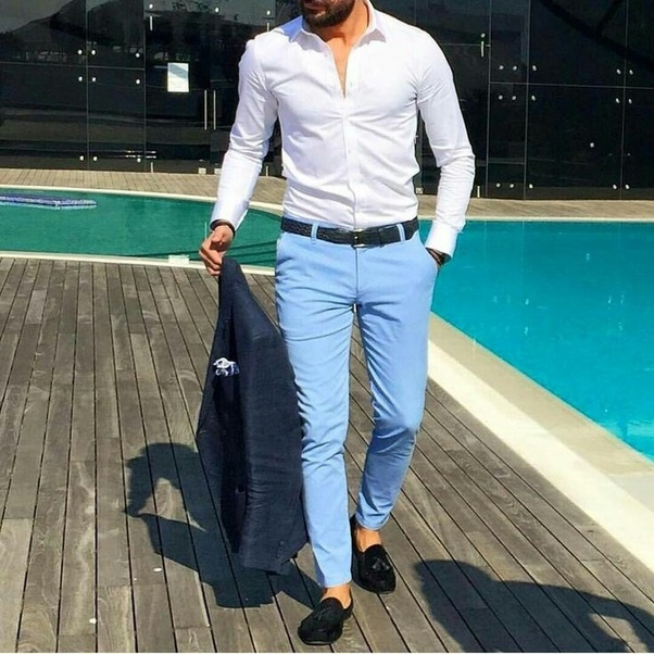 What color shirt matches light blue pants?