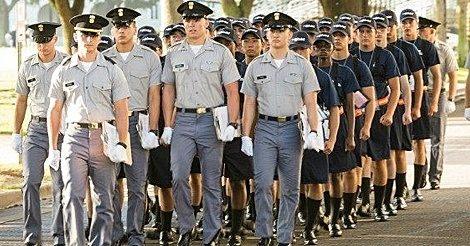 U must obey the sergeant