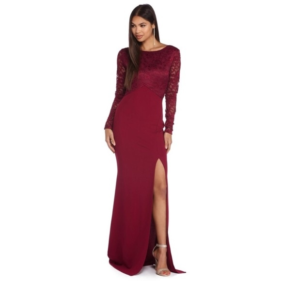 What Color Of Shoes Look Elegant With A Formal Burgundy Long Dress