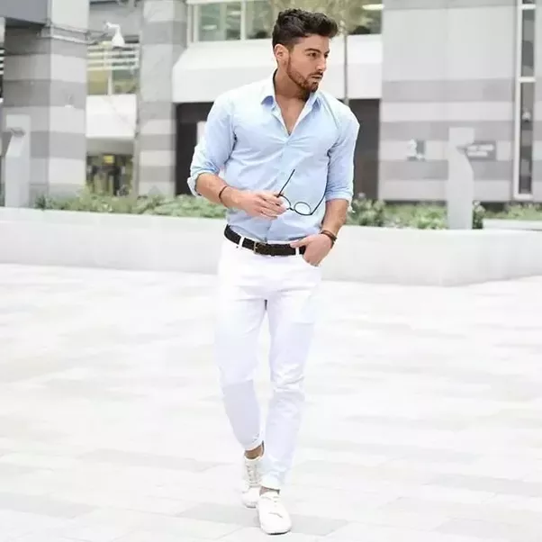 Does sky blue shirt and white pants match?