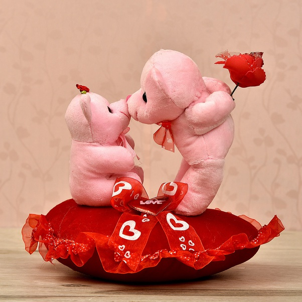 Cute Pink Felt Bear Ring Box Holding Red Heart Women Female Love Valentine Gift