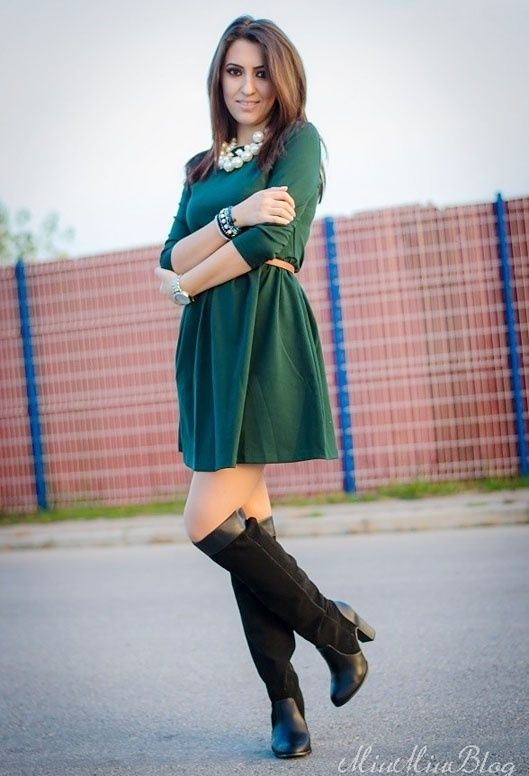 What Color Shoes And Accessories Should I Wear With A Dark Green Dress Quora