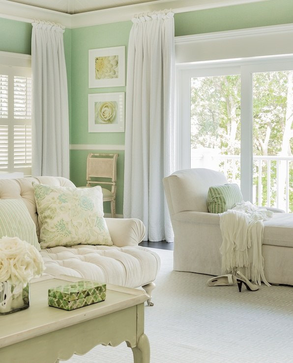 Which Colored Curtains Go With Green Walls?