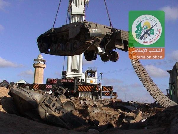 טנק מרכבה ככה צהל שיקר לחיילים ושלח אותם למותם בלבנון  Main-qimg-a536c14e21a16e4ec2cf165aad4a9844