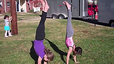What age do kids master the cartwheel? | Yahoo Answers