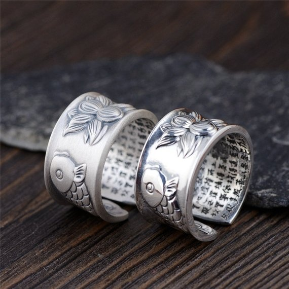 What are the pros and cons of platinum plated rings versus