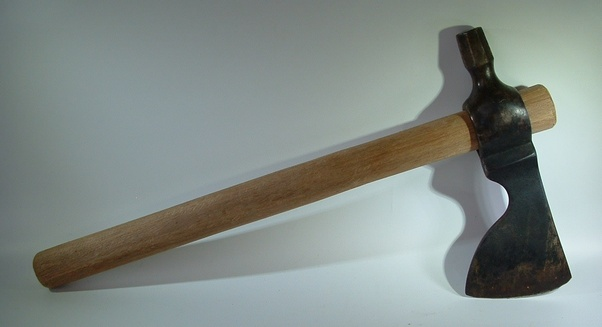 Is a Tomahawk or Hatchet preferable for a survival situation