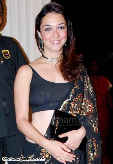 What is the most vulgar dress worn by a Bollywood 4