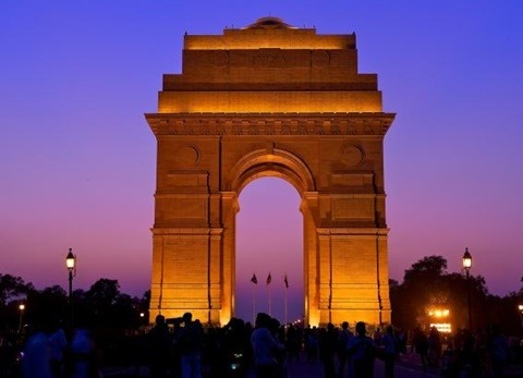 what historical monuments does delhi have quora