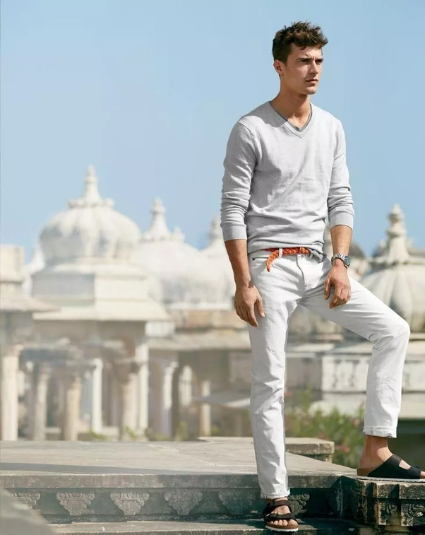 What Shoes Should A Man Wear With Linen Pants To A Wedding