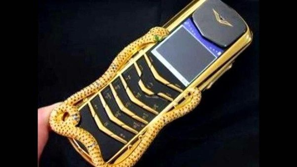 Vertu Signature Cobra Ranks Seven Of The World S Most Expensive Mobile Phone Designs Are Quite Exclusive With Existence Forms Such As
