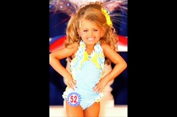 Girl pictures in beauty pageants — img 9