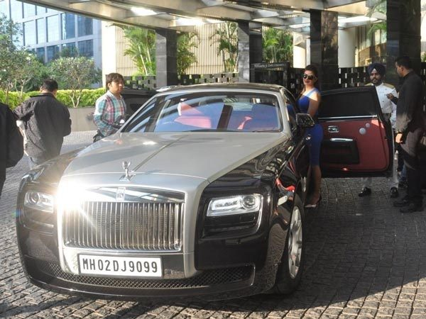 how many people have rolls royce cars in india quora. Black Bedroom Furniture Sets. Home Design Ideas