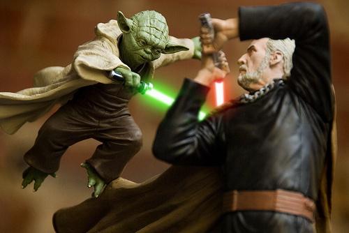 """Резултат с изображение за """"Yoda fights Duku"""""""