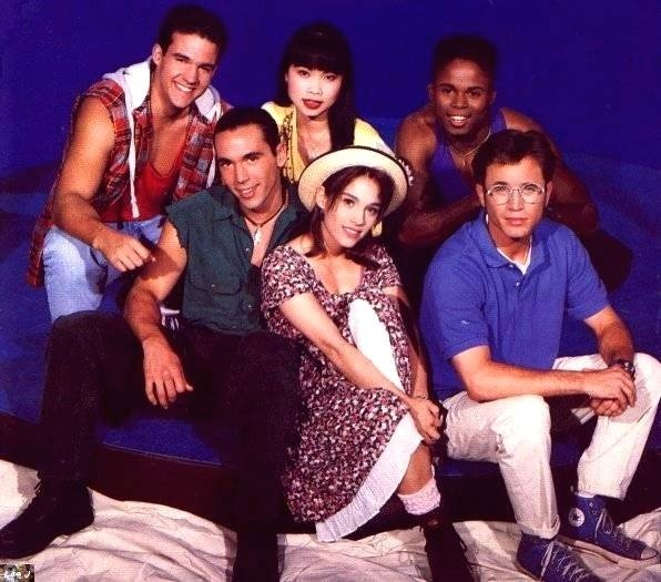 What is the most popular 90's show? - Quora
