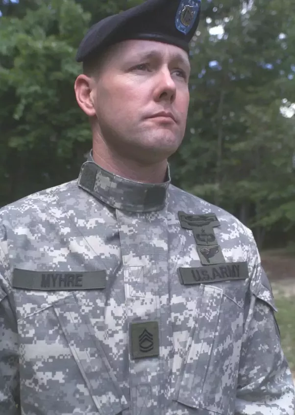 Military Uniforms: Why is the US Army rank insignia placed ... - photo #3