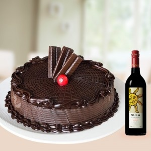 Chocolaty Delivers Wine Combos Online With Cake And Flowers
