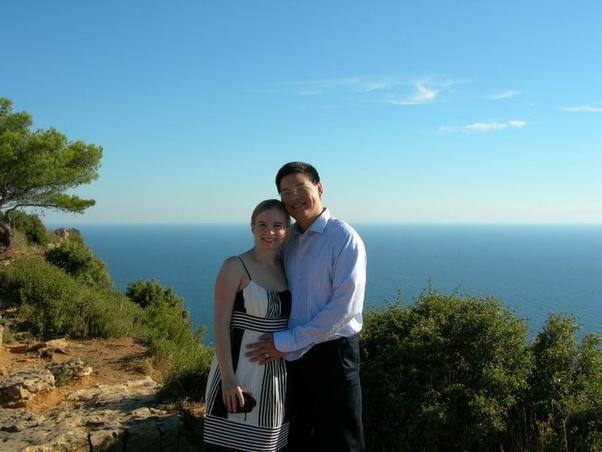 Dating Woman Toulon.