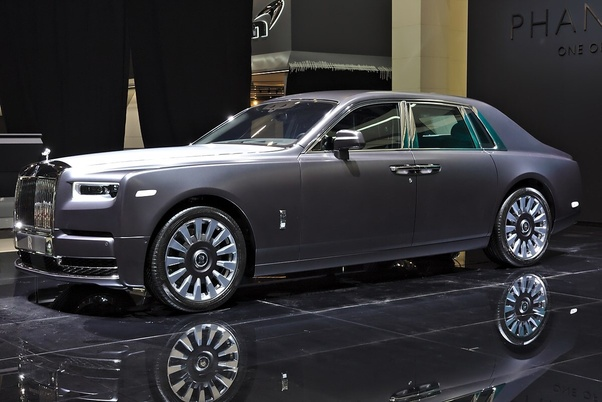 The Rolls Royce Phantom Is Bespoke Built From Ground Up To Be Most Luxurious Car In World No Expense Spared Its Pursuit Of This Goal