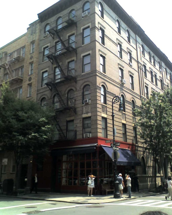 New York Apartments Outside: In Friends (TV Series), Where Is Monica's Apartment