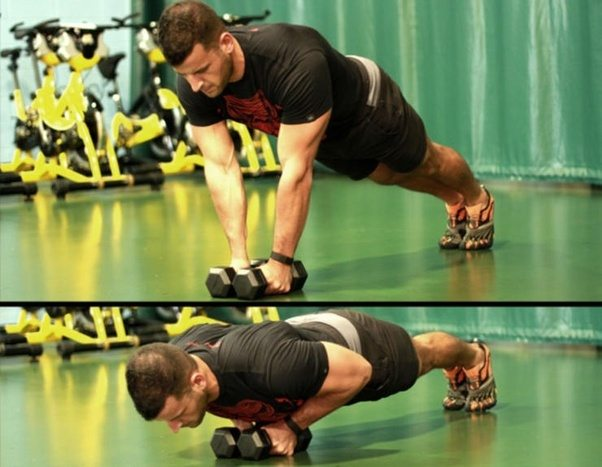 使用哑铃锻炼胸部肌肉有哪些好方法?