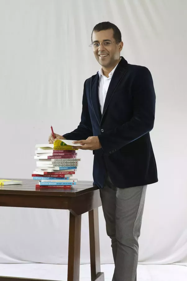 chetan bhagat Half girlfriend is an indian english coming of age, young adult romance novel by indian author chetan bhagat the novel, set in rural bihar, new delhi, patna, and new york, is the story of a bihari boy in quest of winning over the girl he loves.